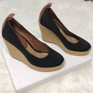 BCBGENERATION Gracyn tan and black wedges size 8.5
